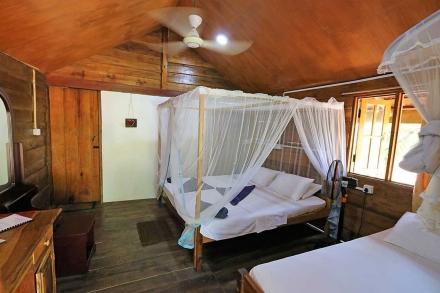 Cabana 5 Interior