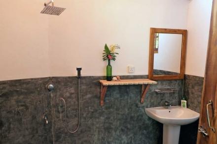 Cabana 9 Bathroom