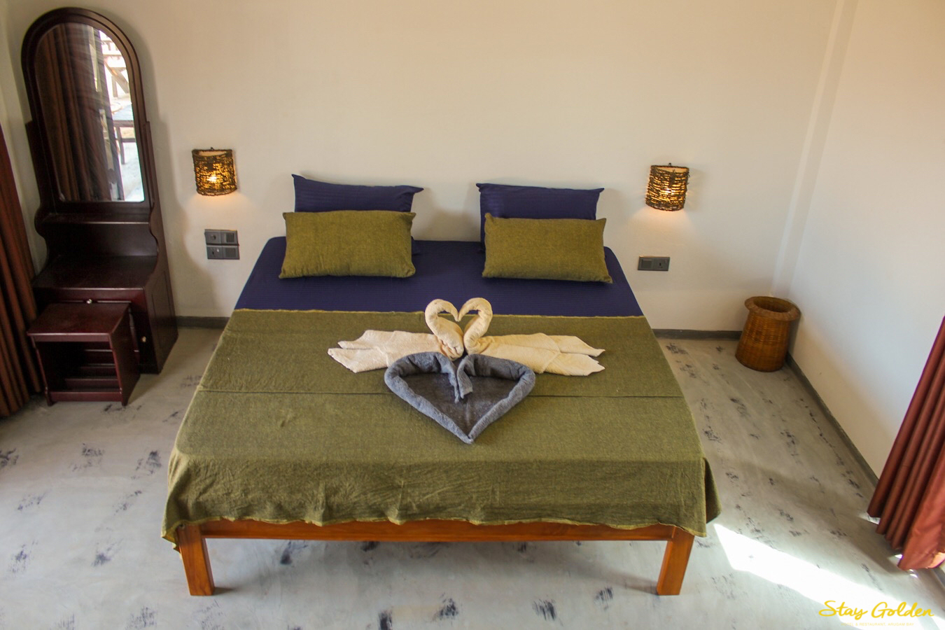 Stay Golden Cabana 5 double bed