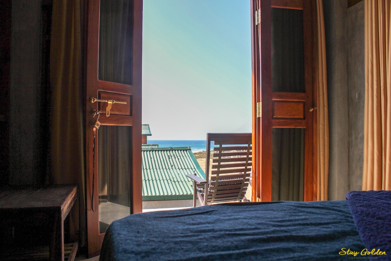 Stay Golden Double Room No.1 Seaview from Bed